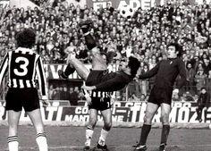 22 febbraio 1976 Torino-Ascoli 3-1    Rovesciata di Pulici