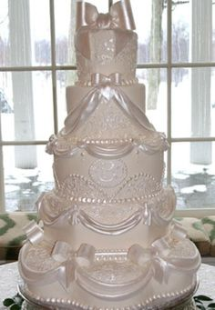 #Wedding #Cake with #Bows & #Swags! Looking fabulous! We love and had to share! Great #CakeDecorating!