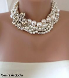 Sale - Bridal Pearl Statement Necklace - Wedding Jewelry - Rhinestone and Pearl Necklace, rhinestone brooch,brooch necklace,rhinestone and Statement Necklace Wedding, Layered Pearl Necklace, Bride Necklace, Statement Necklaces, Nameplate Necklace, Collar Necklace, Pearl Jewelry, Sterling Silver Jewelry, Beaded Jewelry