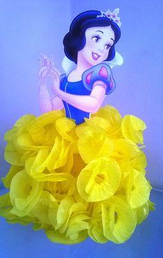 Disney Princess Birthday, Princess Party, Snow White Cartoon, 1st Birthday Parties, Event Decor, Origami, Alice, Disney Characters, Christmas