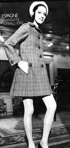Vogue Paris March 1969 Model Moyra Swann Photo by Henry Clarke