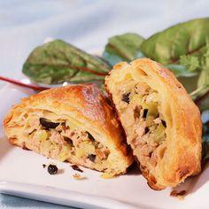 Découvrez la recette Chaussons au thon sur cuisineactuelle.fr.