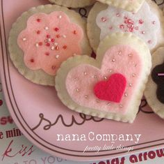 felt cookies... For fake tea parties
