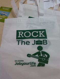 """Ultimi preparativi per l'evento """"Rock the Job"""", a Milano! Vi aspettiamo il 17 ottobre al Teatro Litta ;)"""