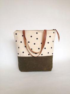 Grande con zip Waxed Canvas Tote dipinta a mano punteggiato di tela marrone cinghie Handmade Tote borsa in pelle