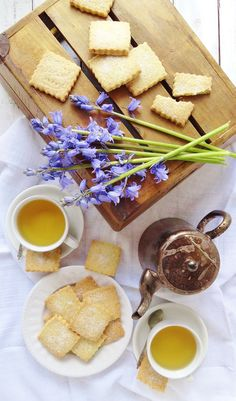 Chamomile tea and lemon shortbread cookies - Domestic Gothess