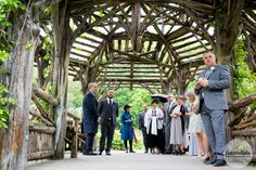 Waiting for the bride at Dene Summer House, Central Park, NY Photograph by FOTOVOLIDA Wedding Photography #wedding #CentralParkWedding #fotovolida #fotovolidaweddingphotography #acentralparkwedding