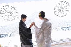 豪華な色打掛や白無垢の綿帽子やカツラでの角かくし、洋髪の髪型と紋付羽織袴で結婚式の写真と衣装レンタルや貸し衣裳