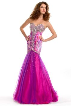 LOVE this gown for a Teen or Miss. Everything about the dress draws the eye upward. Super styling for an ultra slim figure, good for many figure types. This dress would be good for just about any age in a Fashion Wear competition that is geared to evening wear.