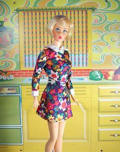 1970 Vintage MOD TNT Blonde Hair Fair Barbie | Flower Power … | Maria | Flickr