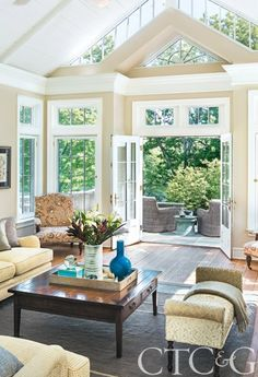 1968 Colonial Revival, Harmonious Blend of Old and New - Family Room Traditional Windows, Luxury Interior Design, Luxury Real Estate, Home Furnishings, Beautiful Homes, Family Room, Home And Garden, Cottage, Eccentric