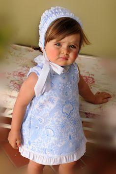 Varón e Hijos Baby Girl Dress Patterns, Baby Dress, Angelina Kids, Baby Girl Fashion, Kids Fashion, Toddler Outfits, Kids Outfits, Kids Girls, Baby Kids