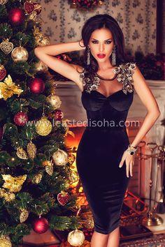 df55904e800e Questo abito della nuova collezione Le Aste di Sohà