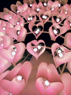 Pink heart lights * An installation at Takashimaya Times Square in Shinjuku, Tokyo Love Is, I Love Heart, Pink Love, Love And Light, Pretty In Pink, Hot Pink, Pink Light, Vintage Pink, Boho Vintage