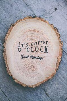 It's #coffee o'clock. Good #Monday CoffeeLovers!