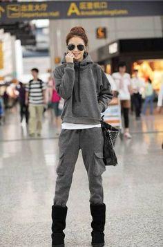Amazon.co.jp: レディース セレブファッション 大きいサイズ  カジュアル スウェット セットアップ ジャージ フード パーカー 上下セット グレー (XL): 服&ファッション小物通販