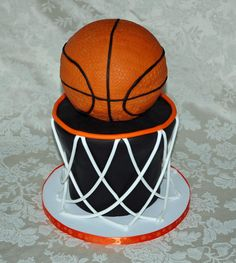 Basketball cake  www.1gateau.com