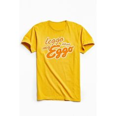 Junk Food Eggo Tee ($20) ❤ liked on Polyvore featuring men's fashion, men's clothing, men's shirts, men's t-shirts, j crew mens shirts, mens vintage shirts, vintage mens t shirts, mens crew neck t shirts and mens graphic t shirts
