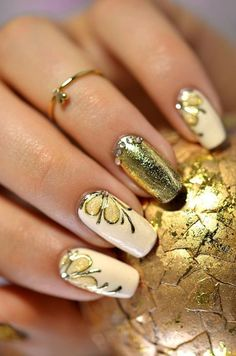 Gold.. Butterfly Nail Art ❤