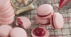 Himbeeren und Macarons müssen Geschenke des Himmels sein. Auf diese Weise kombiniert, schmecken sie jedenfalls einfach göttlich.