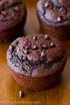 You won't realize these double chocolate muffins are lightened-up and low fat! Easy healthy muffin recipe on sallysbakingaddiction.com