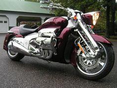 2004 HONDA VALKYRIE RUNE 1800 CHROME EDITION for sale on 2040-motos Womens Motorcycle Helmets, Bagger Motorcycle, Motorcycle News, Cruiser Motorcycle, Motorcycle Girls, Honda Valkyrie, Honda Cbx, Motos Honda, Honda Bikes