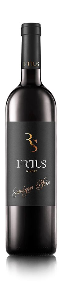 frtus winery slovakia Wine Packaging, Packaging Ideas, Wine Design, Logo Design, Alcoholic Drinks, Beverages, Wine Tourism, Wine Labels, Sauvignon Blanc