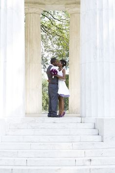 A morning ceremony at the DC War Memorial | Offbeat Bride