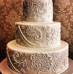 Henna designs can be piped with ease with the SugarVeil Icing Dispenser.