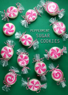 Peppermint sugar cookies - cute!    http://www.pyjamakids.nl/