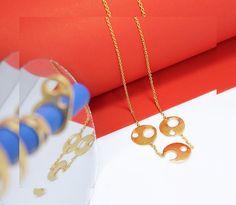 Un viernes sencillo con un collar amarillo ✨✨✨✨ Arrow Necklace, Fashion Jewelry, Friday, Drop Earrings, Simple, Instagram, Trendy Fashion Jewelry, Drop Earring, Stylish Jewelry