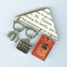 BOOK cover Typewriter Pin Brooch - Sherlock Holmes text quote - librarian book lovers literary gift