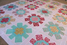 notes of sincerity: spin cycle quilt Brick Patterns, Quilt Block Patterns, Pattern Blocks, Quilt Blocks, Quilting Board, Hand Quilting, Quilting Ideas, Quilt Top, Quilt Making