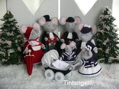 Christmas House for the Dickens mice family. Pattern or