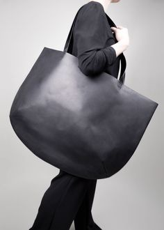 Partem 2018 Large tote http://etsy.me/2Cn39FK #bagsandpurses #mothersday #totebag #womentote #blacktote #leathertote #shoulderbag #trend