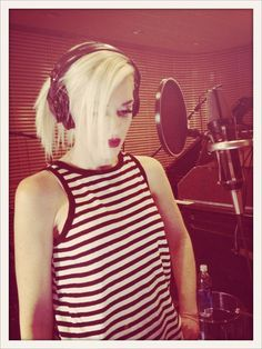 Tony Kanal on Gwen And Blake, Gwen Stefani And Blake, Gwen Stefani Style, Her Music, Dance Music, Music Is Life, Gwen Stefani No Doubt, My Girl, Musik
