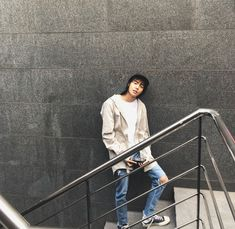 me : *nyengir* jw : sini! Jaewon One, First Rapper, Jung Jaewon, Show Me The Money, Ulzzang Boy, Aesthetic Grunge, Hot Boys, Couple Pictures, Asian Men