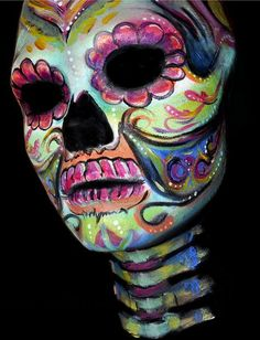 Bodypaint by my lovely friend and one of the top ranked body paint artists: Victoria Gugenheim