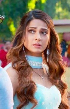 Indian Tv Actress, Actress Pics, Indian Actresses, Girls With Nose Rings, Jennifer Winget Beyhadh, Jennifer Love, Beautiful Girl Image, Celebs, Celebrities