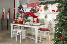 RED AND WHITE FOR A COSY MOOD