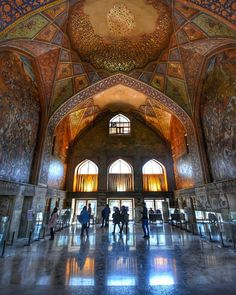 Esfahan , Iran Persian Architecture, Iran Travel, Persian Pattern, Persian Culture, Sacred Art, Islamic Art, Middle East, Places To Go, Interior Design