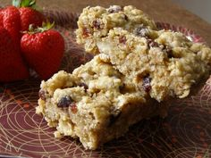 oatmeal breakfast bars-chewy and yummy-subbed applesauce for oil. Endless possibilities for things to mix in--cranberries, chocolate chips. Storing in the freezer for quick breakfasts during the week. Oatmeal Breakfast Bars, Oatmeal Bars, What's For Breakfast, Granola Bars, Baked Oatmeal, Yummy Oatmeal, Breakfast Recipes, Granola Cereal, Morning Breakfast