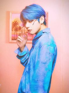 You are in the right place about bts jimin Here we offer you the most beautiful pictures about the bts vmin you are looking for. Bts Taehyung, Bts Bangtan Boy, Daegu, K Pop, Foto Bts, Bts Boyfriend, Bts Kim, V Bts Wallpaper, Vkook