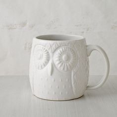 What story would you share over coffee this morning? (Love this mug, especially the color + that large handle + those eyes.) :: Figurative Owl Mug by West Elm