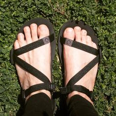 Needed a dose of vitamin D so we took my new @xeroshoes #barefoot sandals out for a stroll! Seriously impressed with how great these shoes feel! #barefootsandals #outdoorlife #hippyhomemaker #xeroshoes