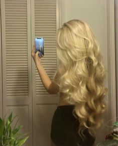 Wavy Hair, Dyed Hair, Blonde Hair, Pretty Hairstyles, Straight Hairstyles, Hair Inspo, Hair Inspiration, Aesthetic Hair, Grunge Hair