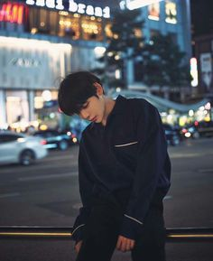 Uploaded by kσσkíєѕ. Find images and videos about ulzzang, asian boy and ulzzang boy on We Heart It - the app to get lost in what you love. Korean Boys Ulzzang, Cute Korean Boys, Cute Asian Guys, Ulzzang Couple, Korean Men, Asian Boys, Ulzzang Girl, Cute Guys, Ulzzang Style
