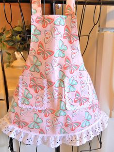 Girl's Pink and Aqua Butterfly Apron size image 2 Childrens Aprons, Home Sew, Cute Aprons, Kids Apron, Aprons Vintage, Coral Pink, Aqua, Pink Butterfly, Eyelet Lace
