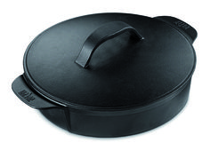 The Dutch Oven is the pinnacle of convenient cooking, whether you're making chilli, stews, casseroles or soups on your barbecue