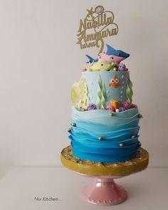 Baby Shark (Pink Fong) Cake - cake by Nix Kitchen Shark Birthday Cakes, 2nd Birthday Party For Girl, 1st Birthday Cake Topper, Birthday Ideas, Torta Angel, Shark Party Decorations, Shark Cake, Baby Boy Cakes, Baby Shark